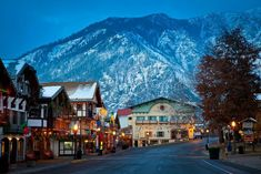 New York Christmas, Christmas Town, What Makes America Great, Small Waterfall, Cascade Mountains, Seaside Beach, Journey, Top Destinations, Christmas Destinations