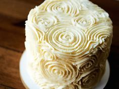 Enjoy a tutorial for creating a crusting buttercream: a nicely primed surface for decorative piping, and fondant or gum paste adornments.