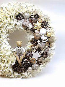 - Strapatý  vintage vianočný veniec zlatý - 8686717_
