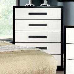 Furniture of America Rutger White And Black Wood Finish Chest Dresser Furniture, City Furniture, Home Decor Furniture, Accent Furniture, Online Furniture, Furniture Stores, White Chests, 5 Drawer Chest, Wooden Chest