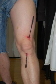 """""""I was an adventurer like you once, then I took an arrow to the knee."""" Freaking best skyrim tattoo ever LMAO"""