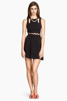 Vestido com recortes   H&M