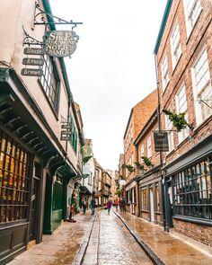 Solo Travel Europe, Dublin Travel, Ireland Travel, York Uk, York England, York Attractions, Scotland Travel Guide, Places To Travel, Travel Destinations