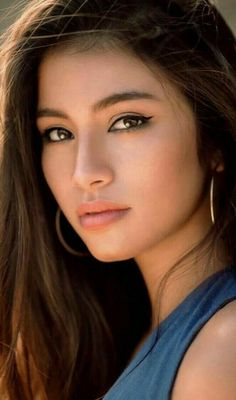 Celebrities with natural beauty Most Beautiful Faces, Beautiful Asian Women, Beautiful Eyes, Pictures Of Beautiful Women, Stunning Women, Absolutely Stunning, Simply Beautiful, Native American Beauty, Woman Face
