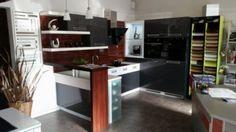 Kuchynská linka -rušenie predajne-výpredaj vzorkových kuchýň - 1