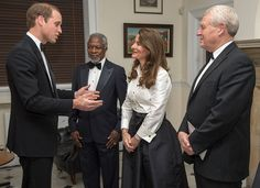 Prince William breaks into laughter as he is mistakenly introduced as the Duke of Edinburgh - Photo 3   Celebrity news in hellomagazine.com