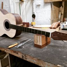 Got the neck glued on, on to the next level with the Gazouki or Bouzouki with a guitar body