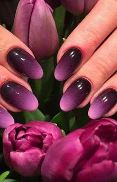 25 Glam Ideas For Ombre Nails. It is possible to use almost all your favourite colors to create your own ombre nail design. Ombre Nail Colors, Purple Ombre Nails, Sns Nails Colors, Ombre Nail Designs, Nail Polish Colors, Ombre Nail Art, Ombre Nail Polish, Gel Nail, French Nails