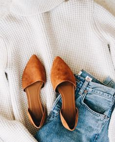 outfit flatlay outfit flatlay Source by dawndi The post outfit flatlay appeared first on How To Be Trendy. outfit flatlay outfit flatlay Source by dawndi The post outfit flatlay appeared first on How To Be Trendy. Fall Winter Outfits, Autumn Winter Fashion, Winter Style, Spring Outfits, Outfit Summer, Women's Shoes, Jeans Shoes, Shoes Sneakers, Fall Shoes