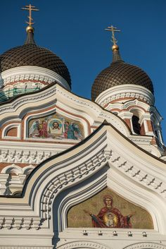 Alexander Nevsky Cathedral, in the Old City of #Tallinn, #Estonia via Travel Past 50