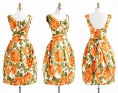 vintage 1950s dress / 50s dress / Orange Roses by RococoVintage