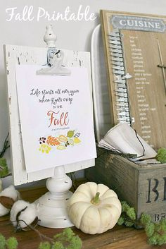 FREE Beautiful free fall printable and along with pretty fall decor ideas.