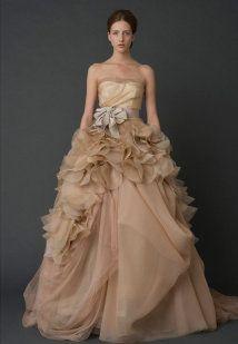 Vestidos para novia en rosa palo | Preparar tu boda es facilisimo.com