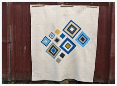 needles and lemons: She loves the Blues - a finished quilt