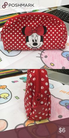 🐹H&M Mickey bag 🐰 🌺Cosmetic bag or pencil bag all good ☘️ H&M Bags Cosmetic Bags & Cases