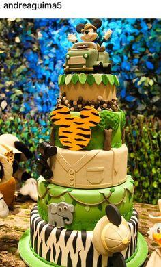 Mickey Safari by Sweet Vanilla Safari Theme Birthday, Boys First Birthday Party Ideas, Prince Birthday Party, Twin Birthday Parties, Safari Party, Mickey Mouse 1st Birthday, Mickey Party, Mickey Mouse And Friends, Bolo Mickey Safari