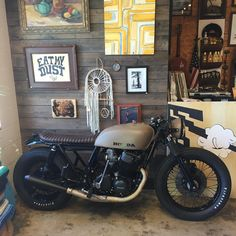 This #cb750 build will be in the shop all weekend if you want check it out.