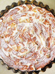 sio-smutki! Monika od kuchni: Szarlotka Babci Janki Delicious Cake Recipes, Yummy Cakes, My Favorite Food, Favorite Recipes, Polish Recipes, Cookie Recipes, Sweet Treats, Deserts, Food And Drink