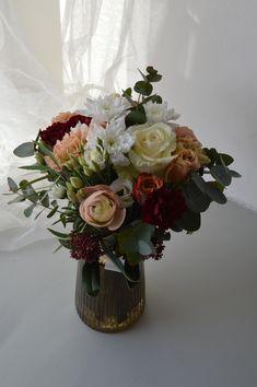 Bouquet, Vase, Home Decor, Decoration Home, Room Decor, Bouquet Of Flowers, Bouquets, Vases, Home Interior Design