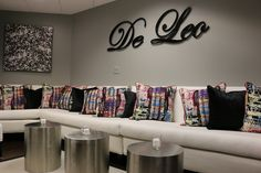 DECEMBER 2014 SHOWTIME - A welcoming showroom from De Leo Textiles