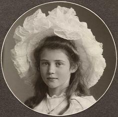 Julie Wilhelmine Lysholm Døcker-Smith,  c1905