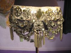 Shooting from the Hip: The Art of Looking Expensive (Part 1): How to Make or Fake a Costless Costume!