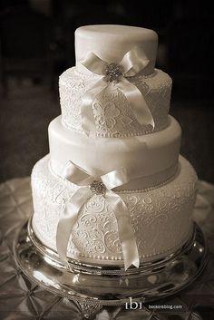 Wedding Cakes x www. wedding cake Lace and Bows Wedding Cake Bow Wedding Cakes, Elegant Wedding Cakes, Wedding Bows, Elegant Cakes, Beautiful Wedding Cakes, Gorgeous Cakes, Wedding Cake Designs, Lace Weddings, Pretty Cakes