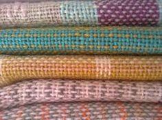 Resultado de imagen para carteras tejidas a telar