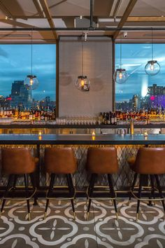 The Best Rooftop Bars in New York City - We here at Jetsetter try not to pick favorites. But when it comes to the best rooftop bars in NYC, it's damn hard not to. From sky-high cocktail dens to a surf-themed pop-up bar, these are the rooftops we'll be raising a glass to this summer.
