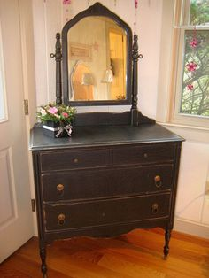 Primitive Black Dresser with Swing Mirror- pretty painted black Primitive Furniture, Painting Furniture Diy, Rustic Furniture, Painted Furniture, Home N Decor, Furniture Inspiration, Refinishing Furniture Diy, Vintage Furniture, Primitive Bedroom