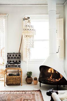 The modern bohemian surf shack :: Boho home decor ideas :: Modern Interior Design ':: Coastal Interiors :: Relaxed home decor. Beach Cottage Style, Beach Cottage Decor, Coastal Style, Coastal Decor, Cottage Ideas, Coastal Cottage, Surf Style Home, Coastal Bedrooms, Coastal Living Rooms