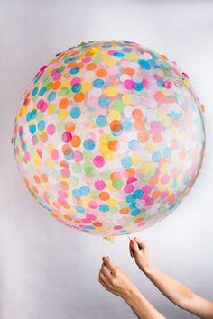 <p>One 36 inch ballon filled with our assorted blend confetti</p>