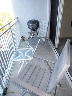 "Balcony with electric grill - Key West Top Floor Condo ""Seaside Breeze"" -Monthly -  - rentals"