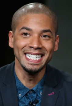 Jussie Smollett Photos Photos - Actor Jussie Smollett speaks onstage during the 'American Idol' panel discussion at the FOX portion of the 2015 Winter TCA Tour at the Langham Hotel on January 17, 2015 in Pasadena, California. - 2015 Winter TCA Tour - Day 11