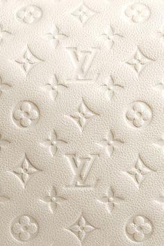 Louis Vuitton Monogram Neige