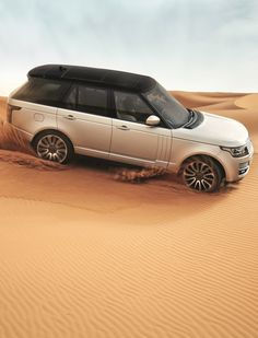 Range Rover (Fourth Generation) Land Rover New Model, Porsche Cars, Old Models, Off Black, Range Rover, Car Car, Sport Cars, Cadillac, Cool Cars