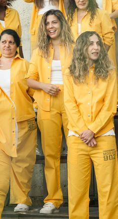 Netflix Series, Series Movies, Movie Tv, Tv Shows, It Cast, Leather Jacket, Alba, Halloween, Women