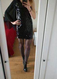 be816d8719633 Magnifique robe de soirée asymétrique avec sequins et manche en tulle