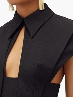 Textiles Y Moda, Vetements Clothing, Fashion Details, Fashion Design, High Fashion, Womens Fashion, Gothic Fashion, Fashion Fashion, Korean Fashion Trends