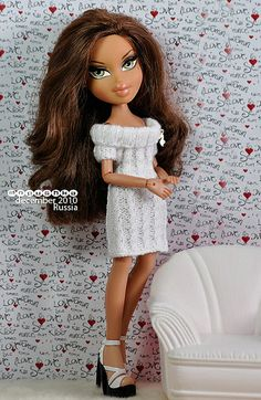Love this sweater dress! Hijab Fashion Inspiration, Style Inspiration, Bratz Doll Outfits, Bratz Yasmin, Bratz Girls, Brat Doll, Poppy Parker, Doll Repaint, Monster High Dolls