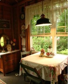 52 Awesome Rustic Cottage Farmhouse, While the home is developed to a historic standard, it's not a historic house but is nestled lavishly among them. Most creative houses are made to all. Cottage Living, Cozy Cottage, Cozy House, Cottage Style, Cottage Farmhouse, Rustic Farmhouse, Living Room, Cottage Kitchens, Cottage Homes
