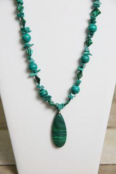 Green Malachite Gemstone Necklace and Earrings - Bead Jewelry Set - Gemstone Jewelry