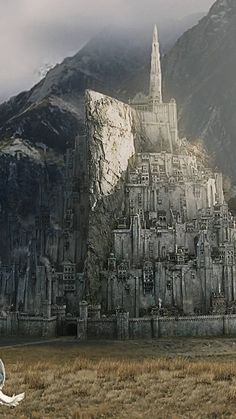 Lotr, Game Of Thrones Story, Minas Tirith, O Hobbit, J. R. R. Tolkien, Into The West, Beautiful Castles, Middle Earth, Lord Of The Rings