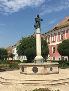 Vác City Hungary Budapest Hungary, Homeland, Statue Of Liberty, Mansions, House Styles, City, Travel, Europe, Statue Of Liberty Facts