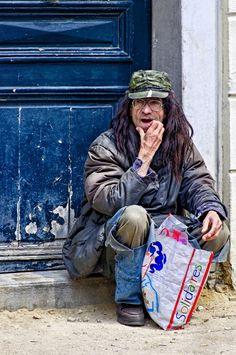 Paris, France - HomeLess, HomeLessNess, Poverty, Pobreza, Pauvreté