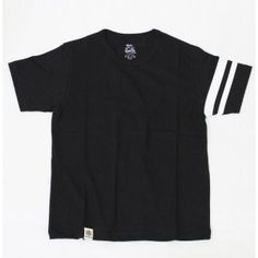 This black T-shirt is made of 100% Zimbabwe cotton is woven together to have a soft comfortable fabric weighing only 5.2 ounces. On the left sleeve is the Going to Battle print so even if you do not layer this shirt it does not seem to be too plain.