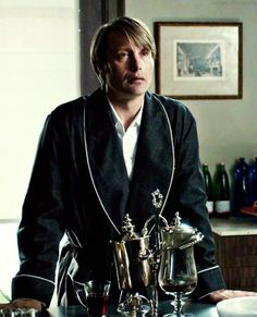 Hannibal's coffee maker – (episode 5, Coquilles) - The Royal Coffee Modern Palladium Set.