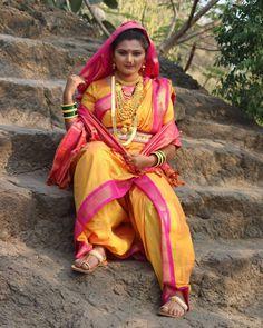 Marathi Saree, Nauvari Saree, Traditional Dresses, Blouses, India, Queen, Photos, Art, Art Background