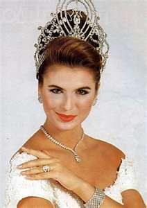 MIchelle McLean (Namibia) MIss Universe 1992