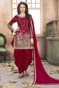 Magenta Colour Taffeta Silk Fabric Party Wear Patiala Suit Comes with Matching Dupatta and bottom fabric This Patiala Suit Is crafted with Mirror Work This Patiala Suit Comes As a Semi stitched Which . Pakistani Bridal Dresses, Pakistani Dress Design, Indian Dresses, Indian Outfits, Patiala Suit Designs, Party Kleidung, Types Of Dresses, Indian Designer Wear, Modest Dresses